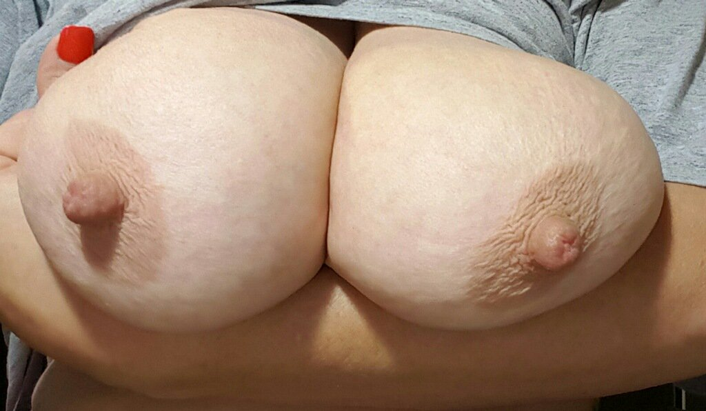 Nude Selfie 8587