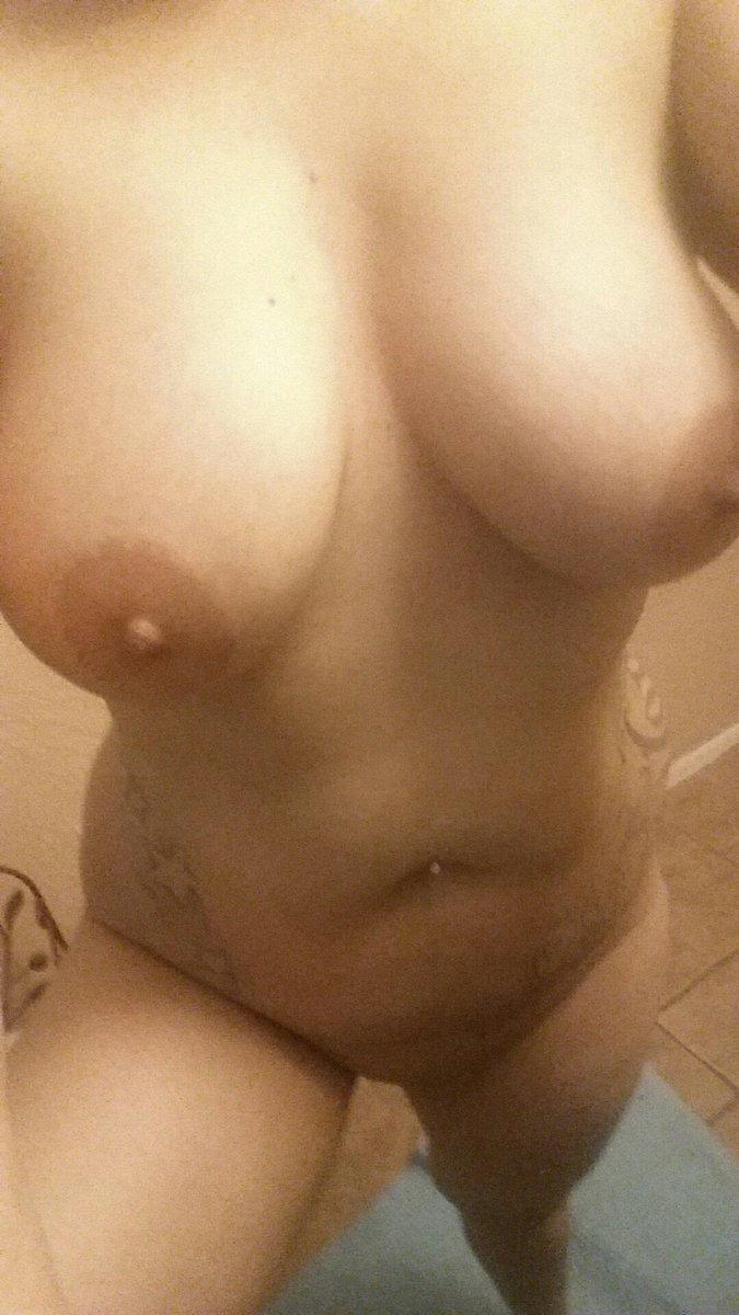 Nude Selfie 8584