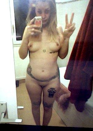 Nude Selfie 8589