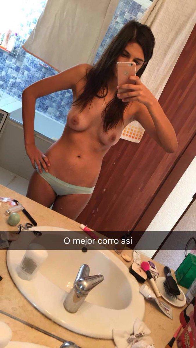 Nude Selfie 8609