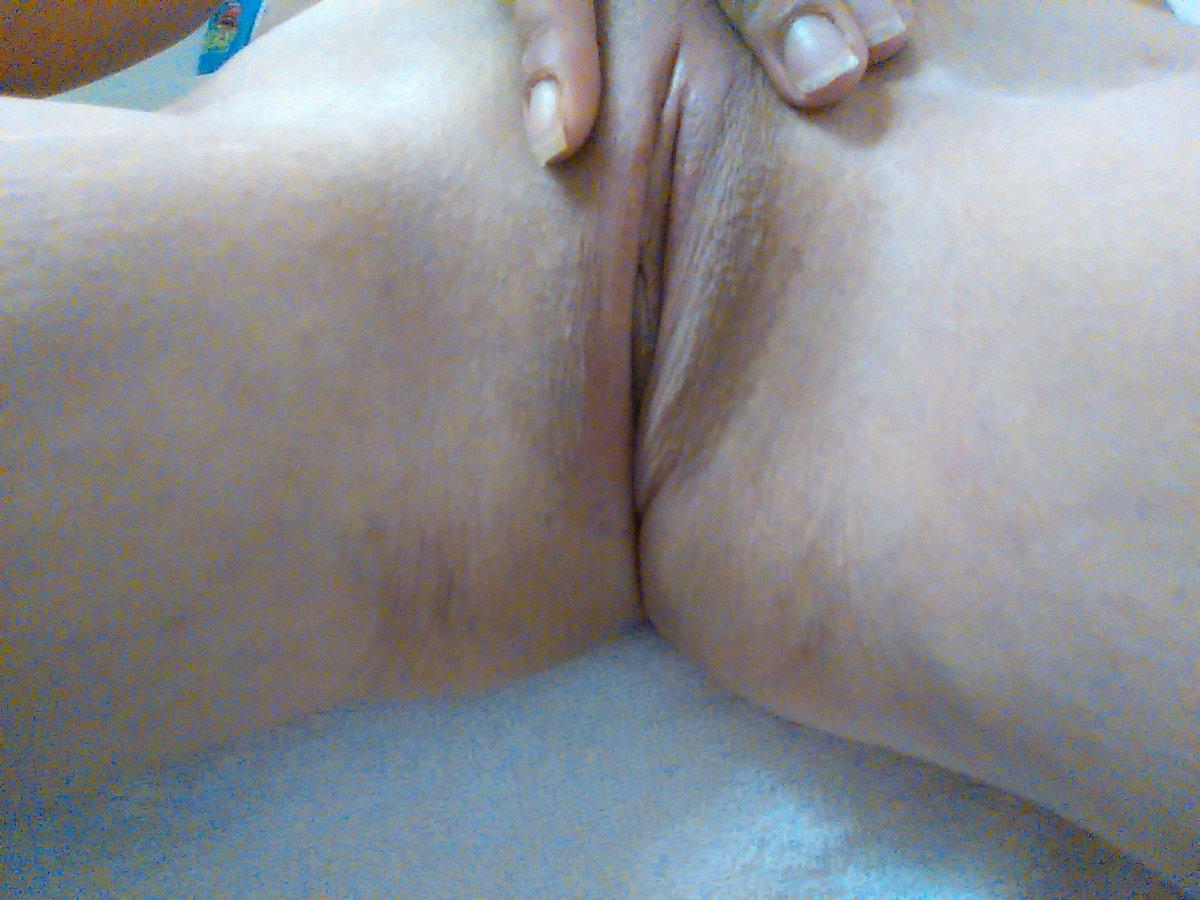 Nude Selfie 8600