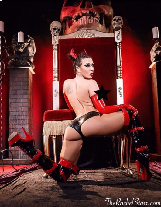 Don't hesitate to do something a little devilish now and then (or like, everyday😈) #badgirl @Brazzers