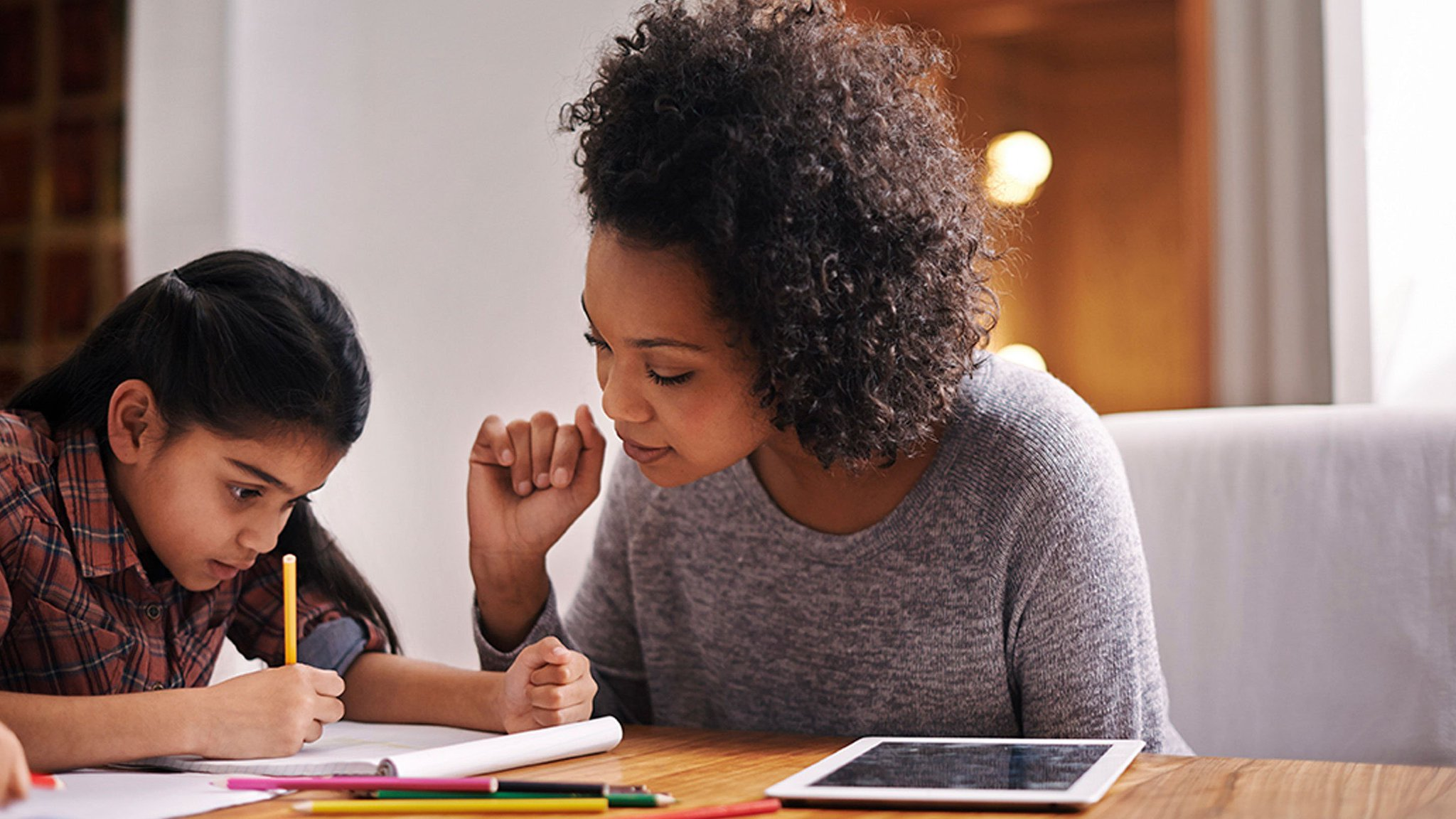 How to use technology to keep parents in the loop: https://t.co/ocQ6DcUABc. #ptchat https://t.co/IS3Lt7uVmf