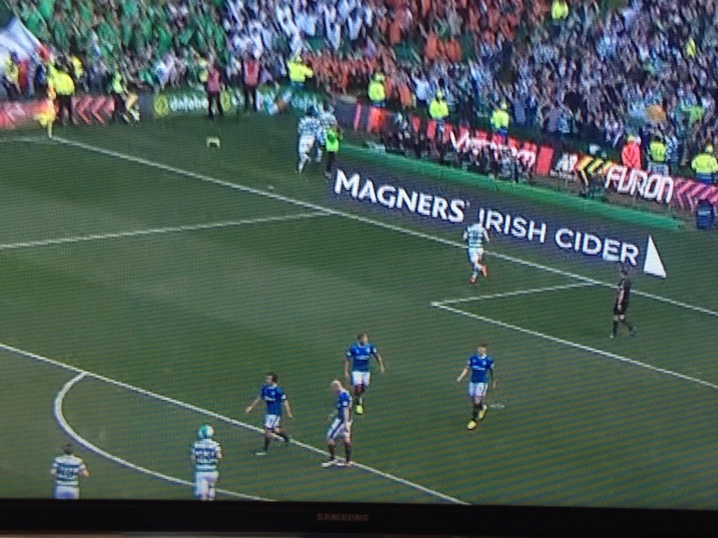 The Lustig beachball hat is probably the greatest goalscoring celebration ever in football. https://t.co/BSvApc8F0l