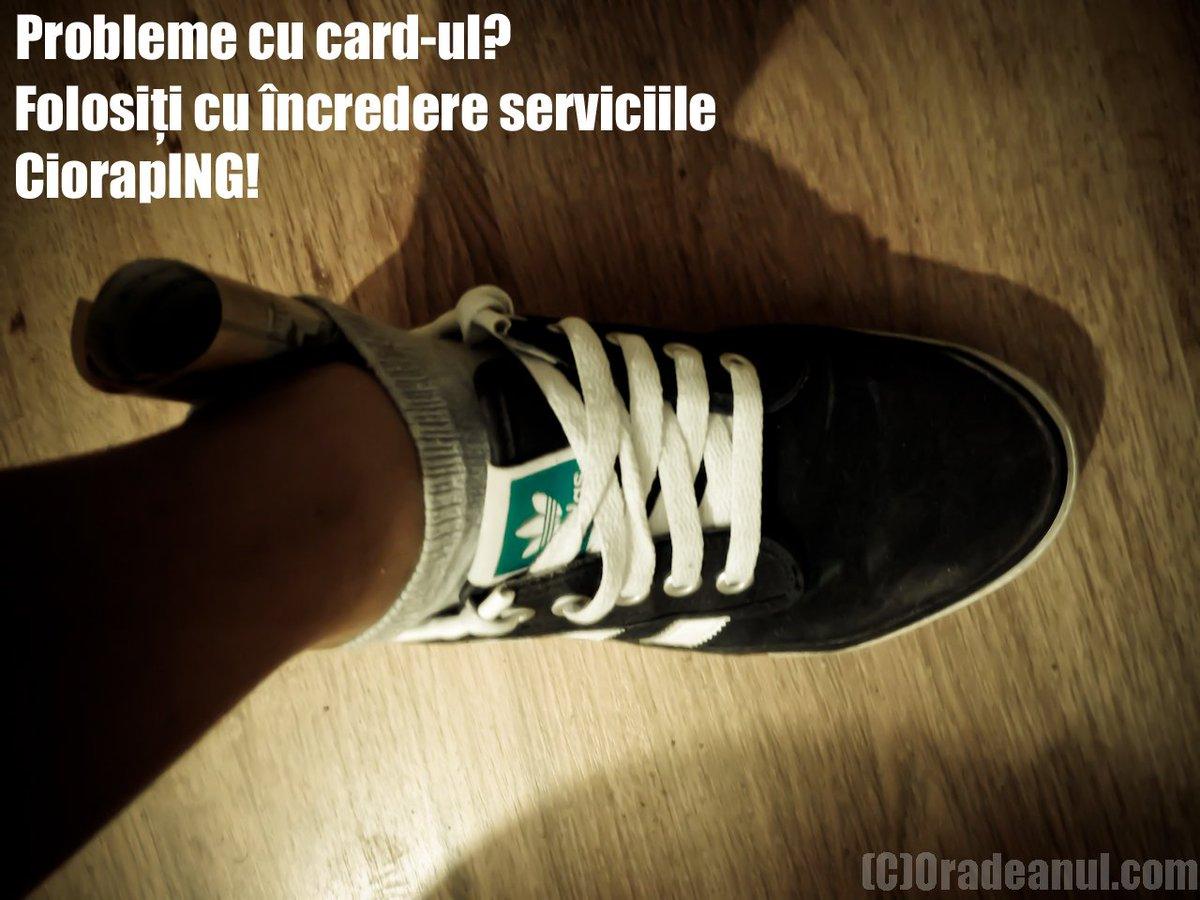 Probleme cu card-ul? pic.twitter.com/R70E6C1x4A