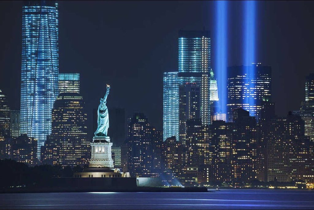 2996 people were killed on this day 15 years ago, RIP 💖🙏🏽 #911Memorial #NeverForget