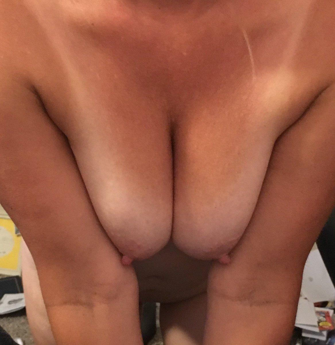 Nude Selfie 8298