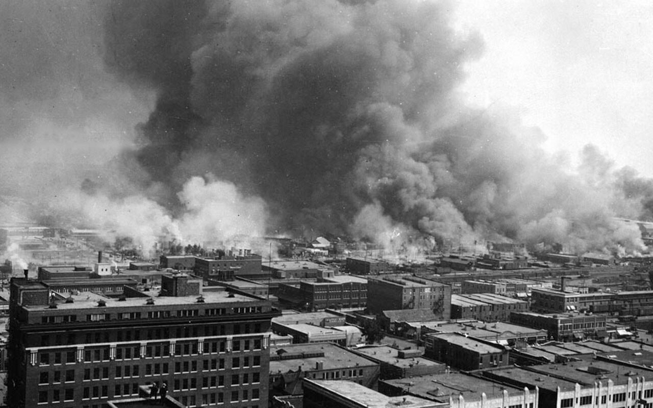 In 1921 whites ruined a prosperous area of OK known as Black Wall Street. Never heard about this in grade school https://t.co/9jsSAdu8sa