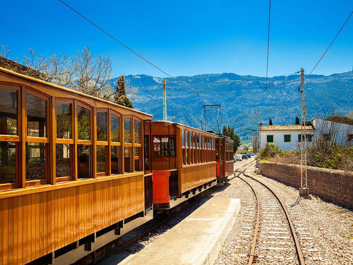 CsElQ vXEAAwEo  - Ferrocarril de Sóller