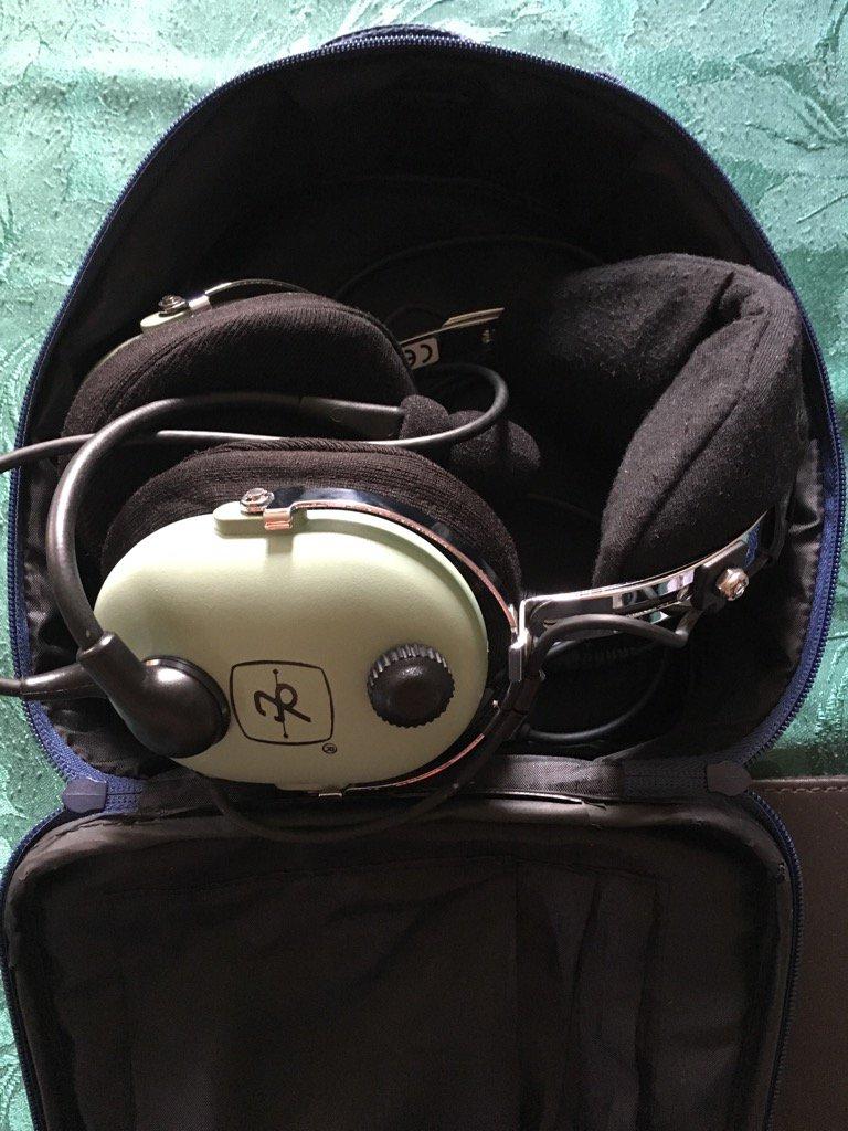 David Clark h10 13 4 headset Manual on