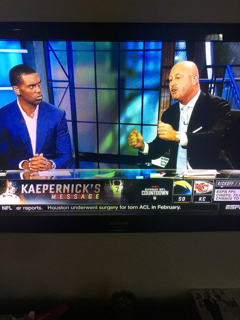 "Randy Moss looking at Trent Dilfer like ""Dont catch these hands today bro"""
