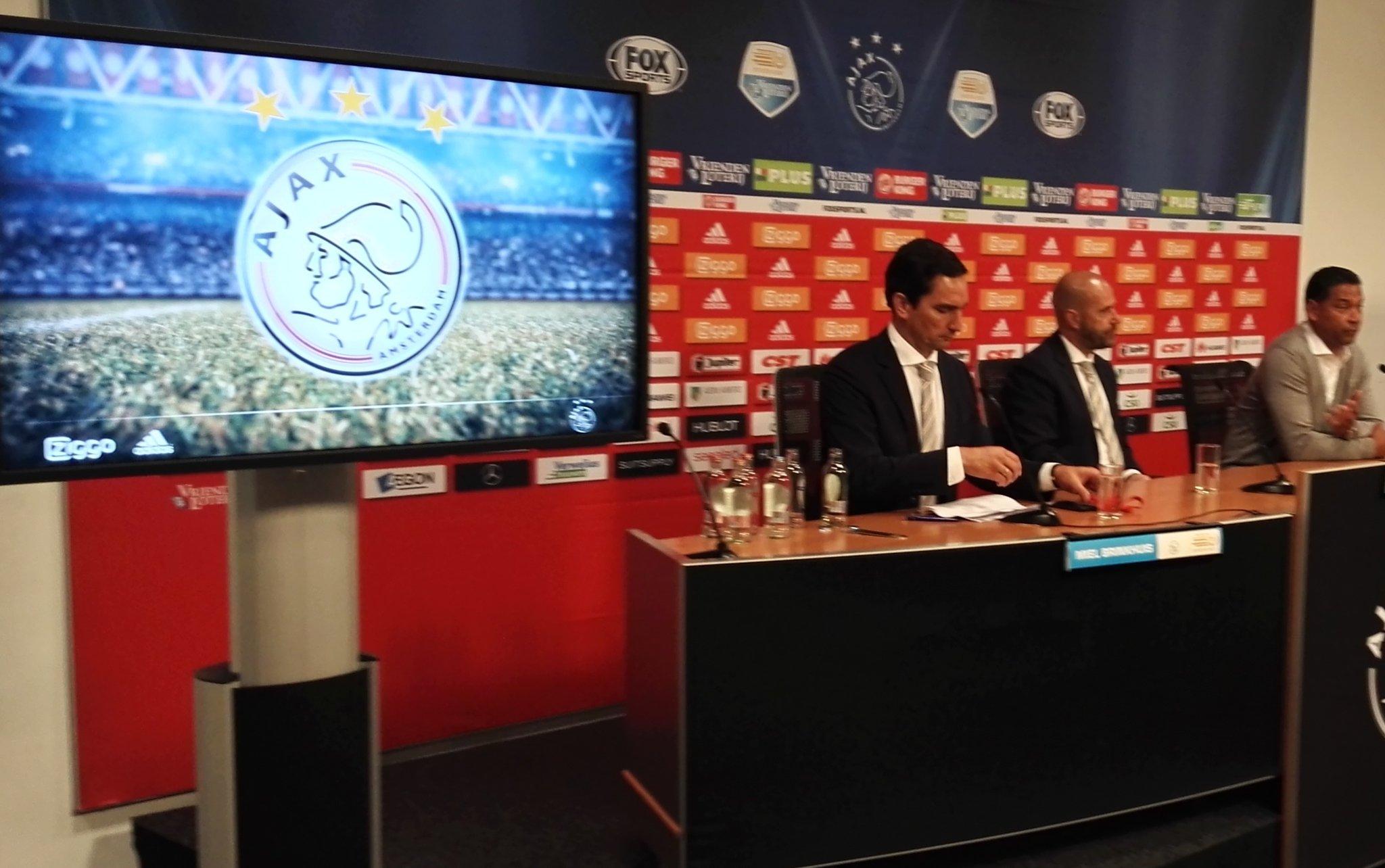 "AFC Ajax On Twitter: ""Persconferentie Is Begonnen. Bosz"