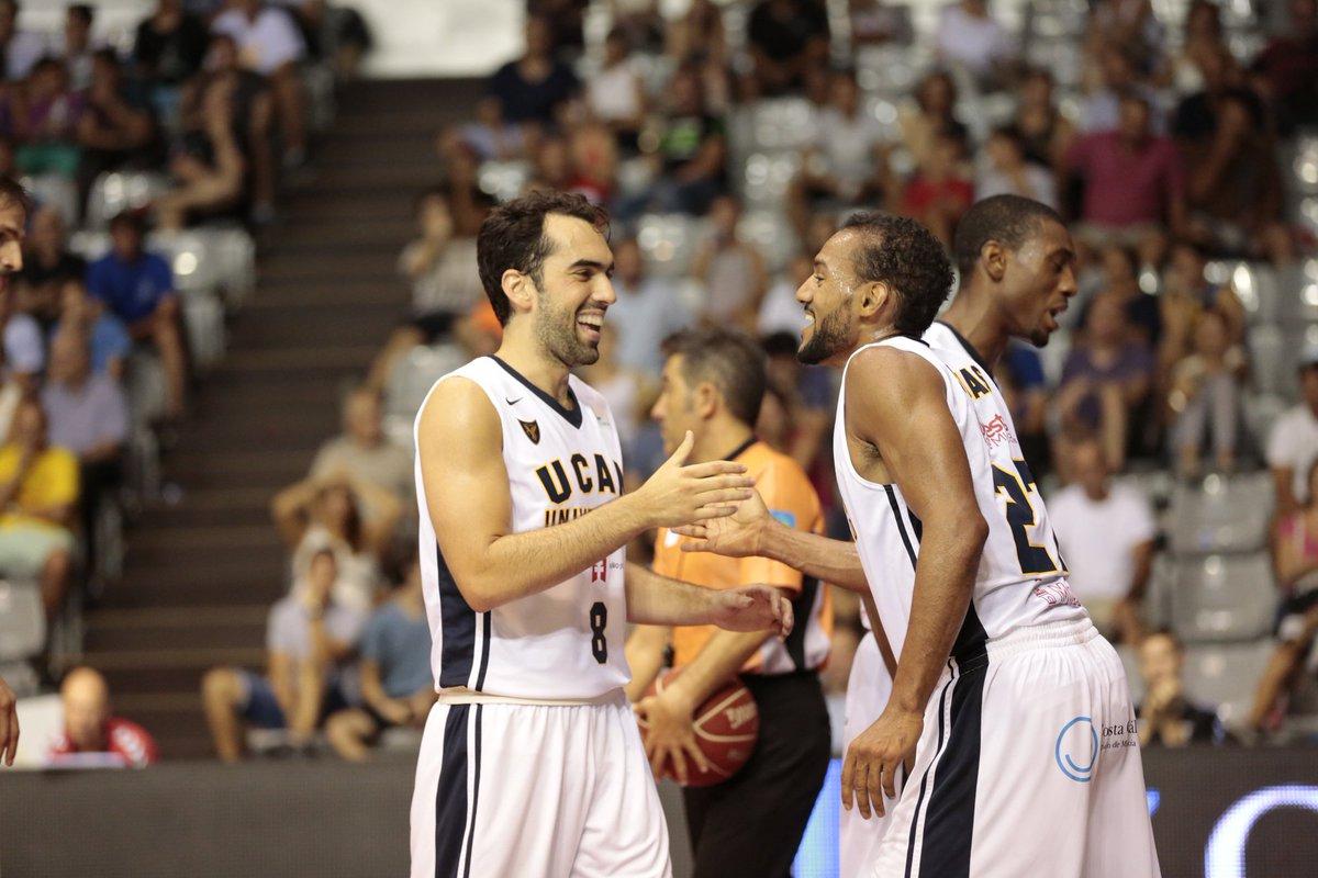 Vitor Benite y Sadiel Rojas (Foto: ACB Photo)