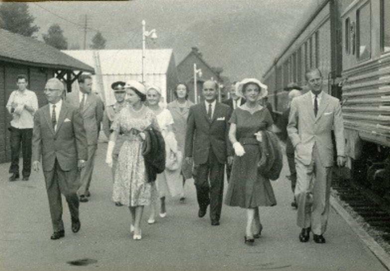 Parks Canada On Twitter In July 1959 Queen Elizabeth And The Duke