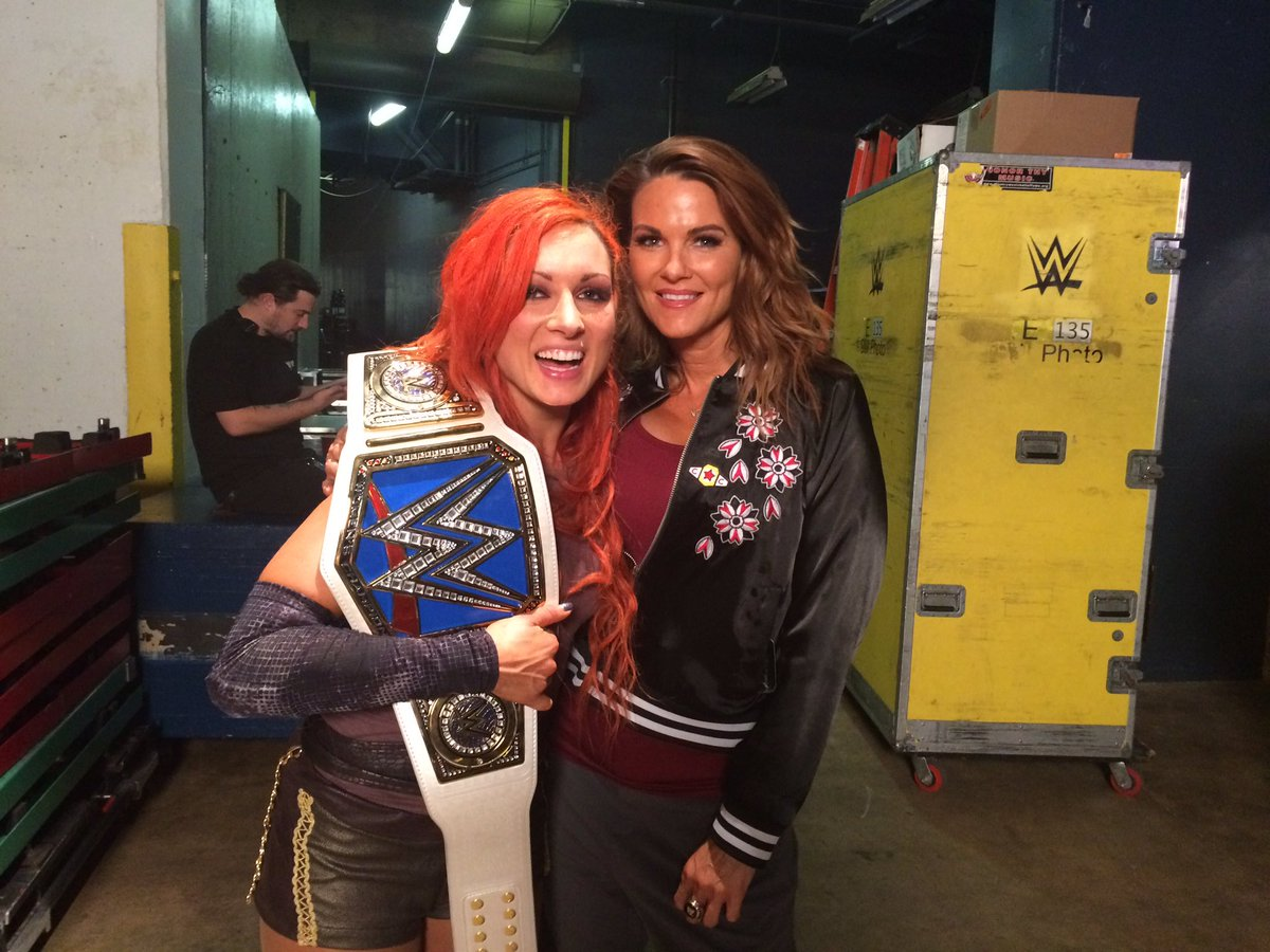 It's a new chapter for the women of #SDLive #WWEBacklash @WWE #WomensWrestling congrats @BeckyLynchWWE https://t.co/vd2fs3eSbX