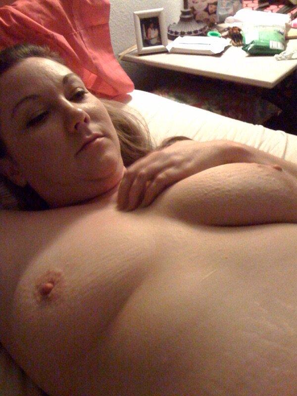 Nude Selfie 8350