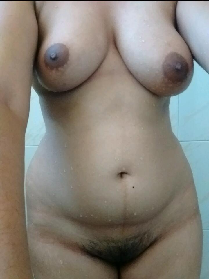 Nude Selfie 8344