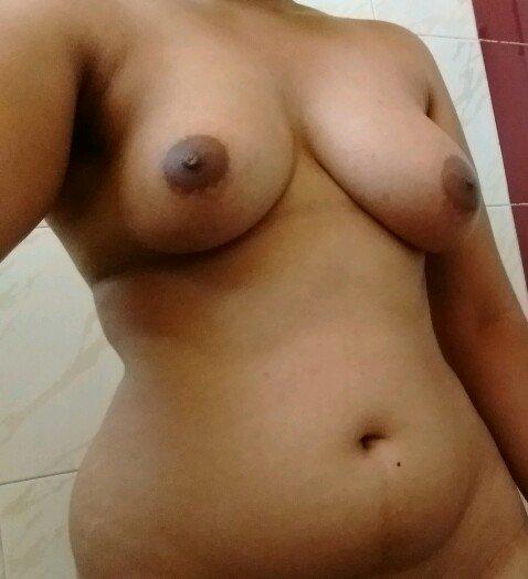 Nude Selfie 8345