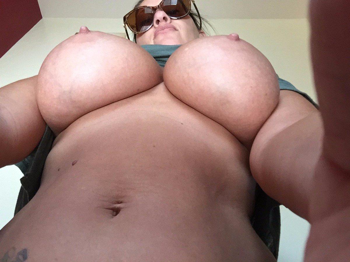Nude Selfie 8383