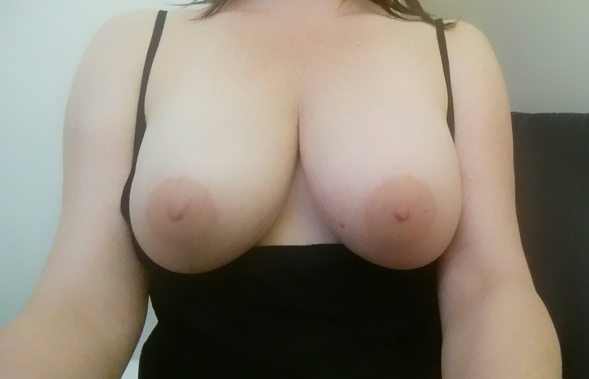 Nude Selfie 8387