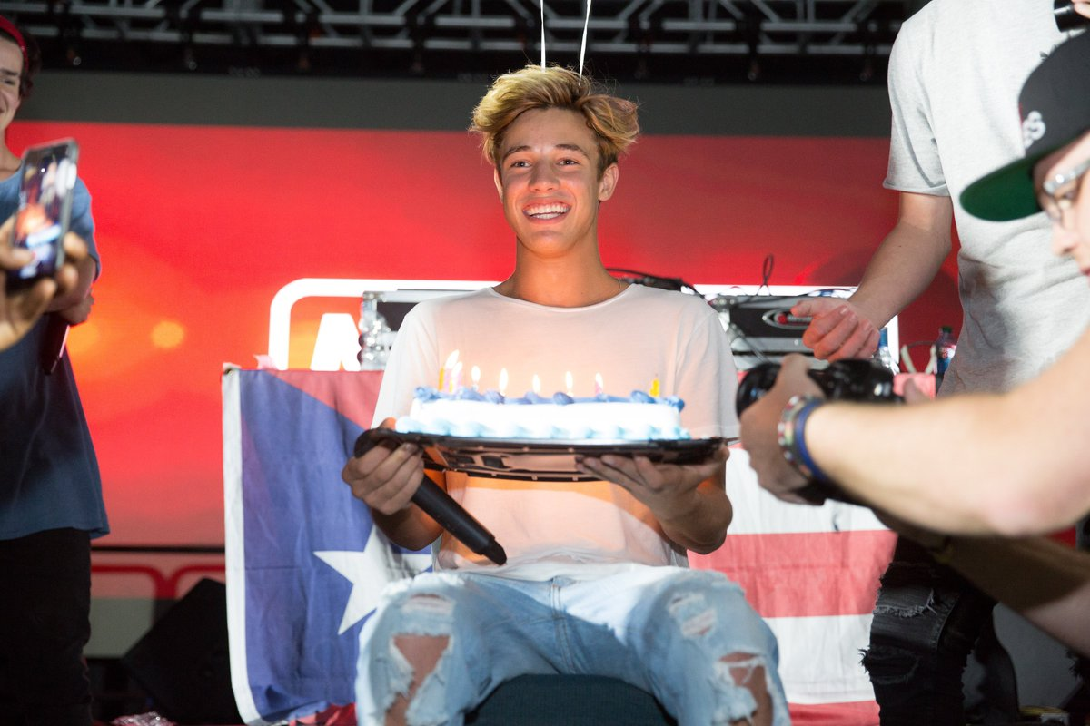 Cameron Dallas Birthday Cake