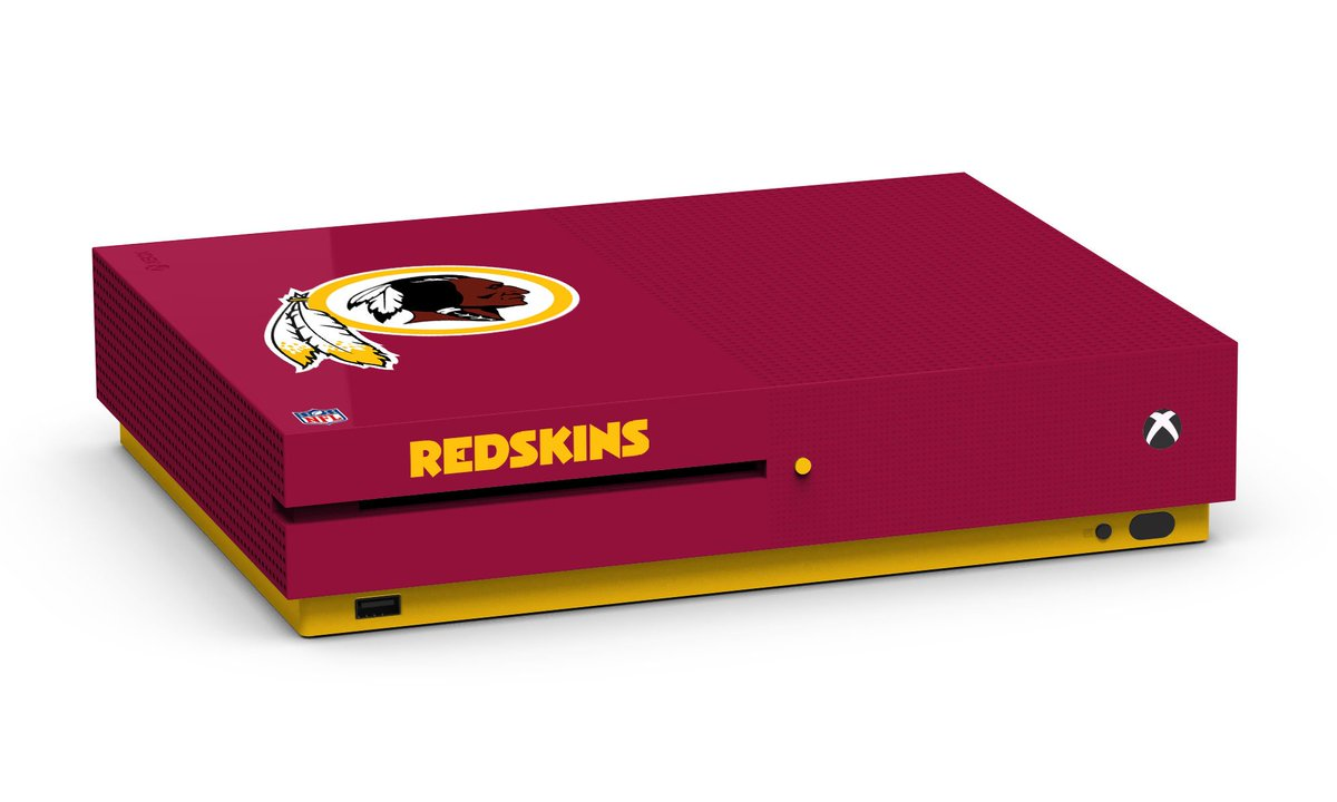 We're giving away team-themed Xbox One S console's ahead of tonight's #MNF matchup.   RT for a chance to win.