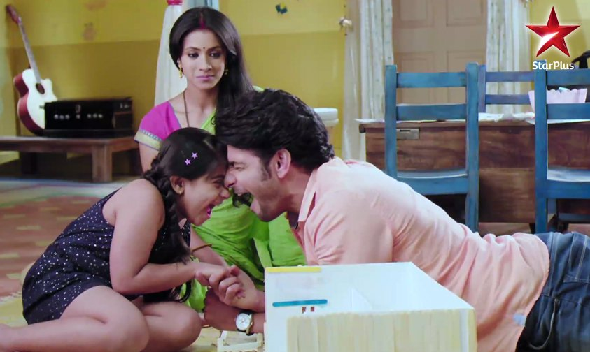 Naamkaran serial on Star Plus - Barkha Bisht, Viraf Phiroz Patel, Ashween, Asha and Ashish Mehta