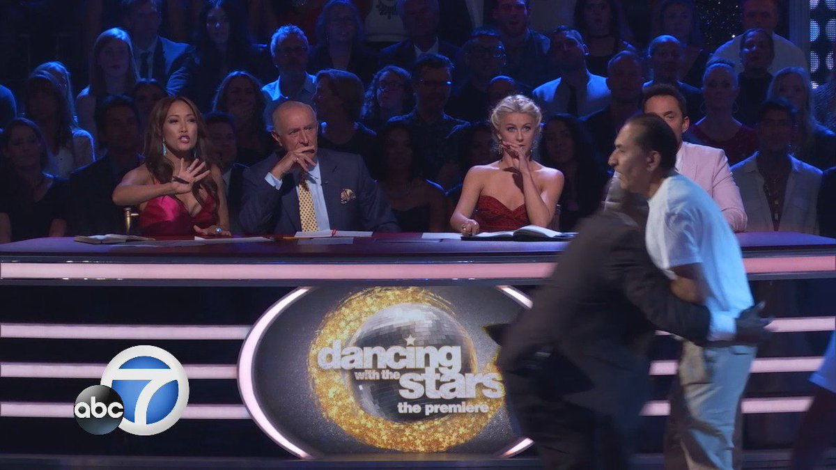 Ryan Lochte's 'Dancing With the Stars' Debut Marred by Two Protesters