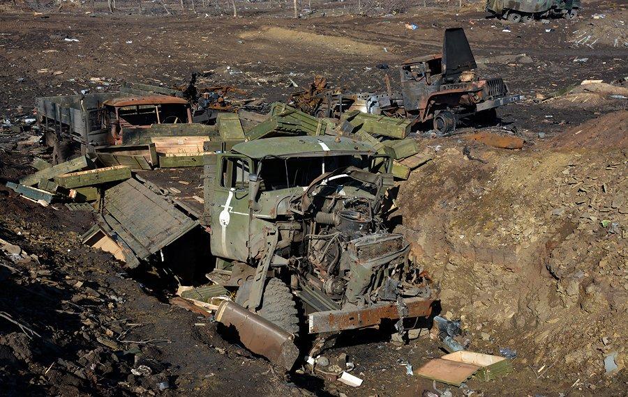 фото разбитой и подбитой военной техники зил