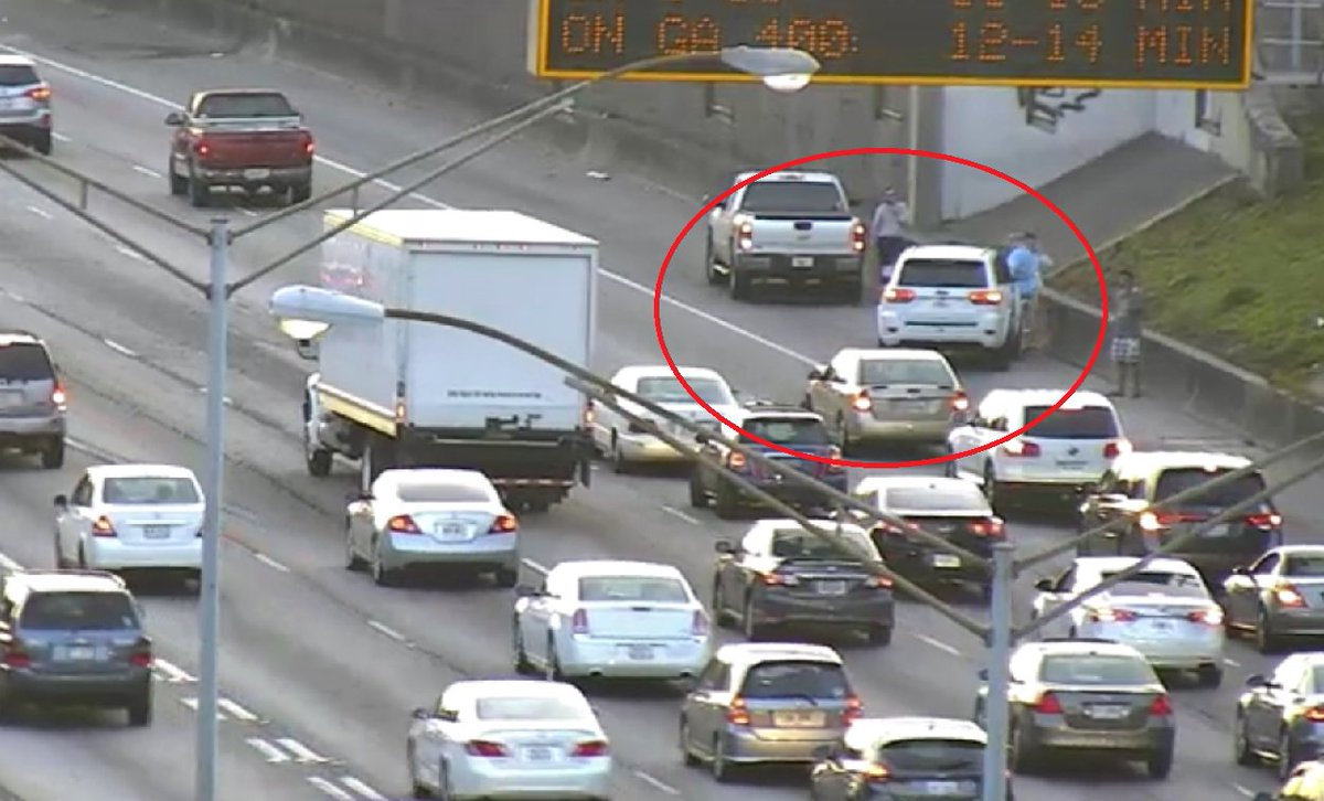 Atlanta: crash   i-85/nb before ga-400  right lane blocked