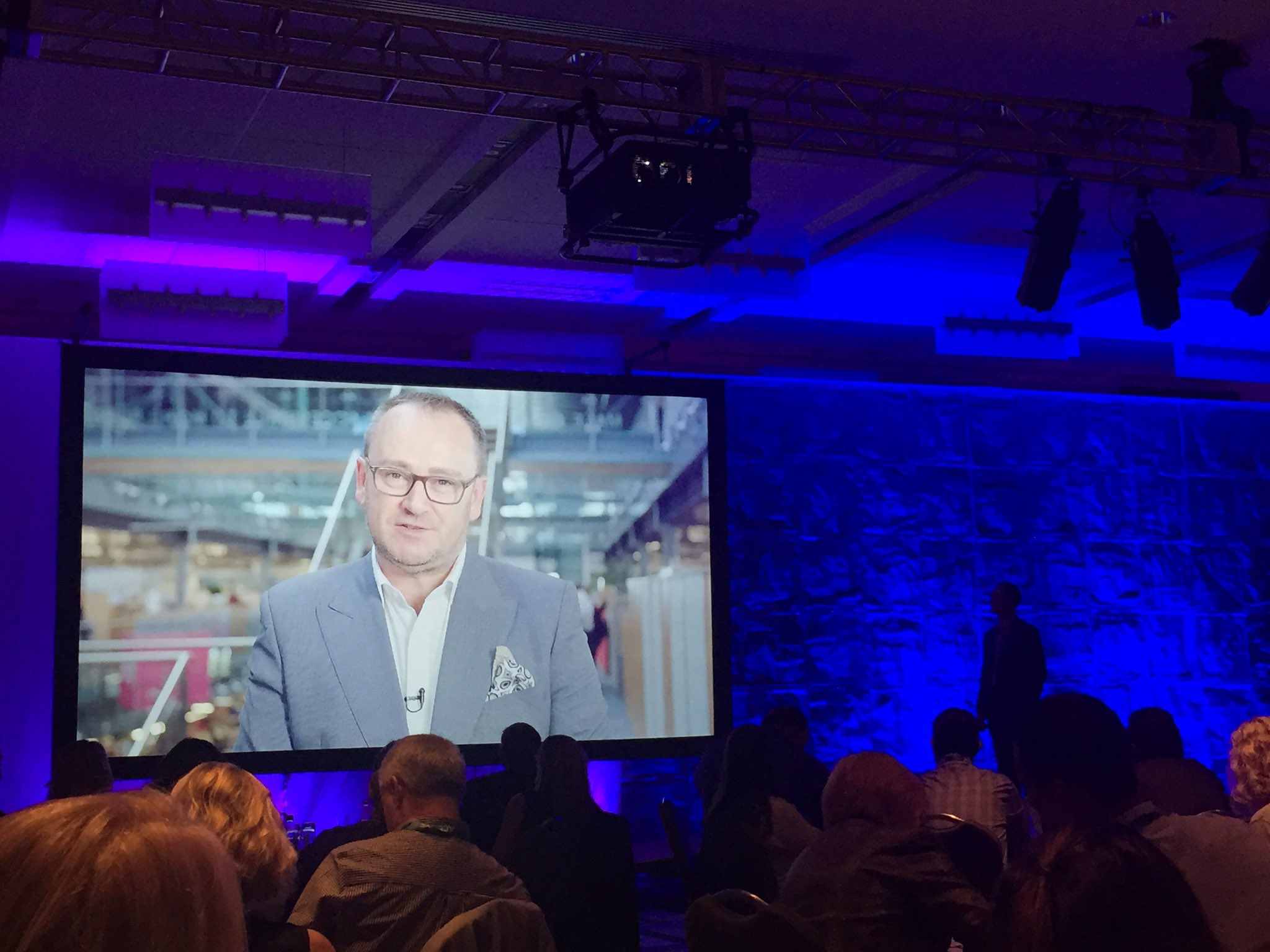 Congratulations @colinjwatt & the @ShopDirect team on your very impressive #engagement results w @Achievers #AACE16 https://t.co/5fIoU94wwn