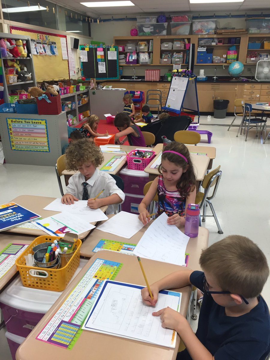 Nicole Serpico On Twitter 2nd Grade Writers Hard At Work During