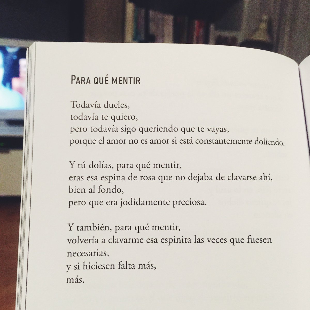 Este #poema me parece brutal! #Poesía de @invierns https://t.co/Lr1s6izieI