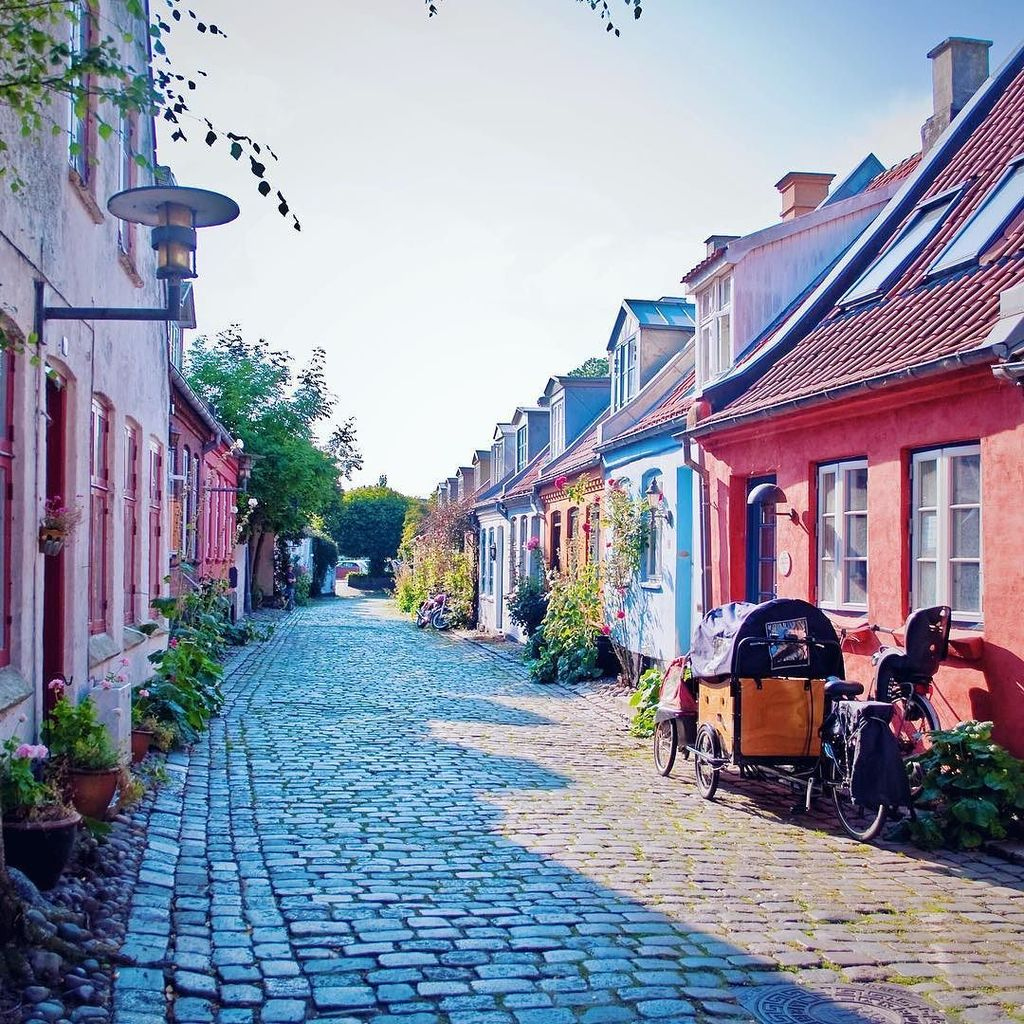 Møllestien is said to be the most photographed street in Aarhus. I wonder why