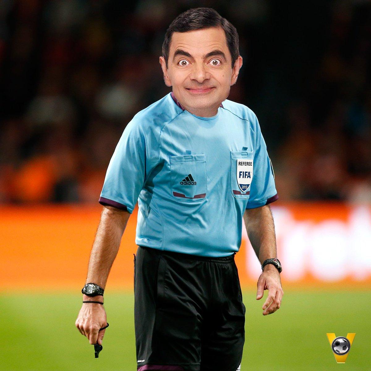 Foto opgedoken na PSV - Atlético (0-1): UEFA stuurde verkeerde Atkinson naar Eindhoven! :O #psvatl #voetbalinside https://t.co/mY1ySk3EKJ
