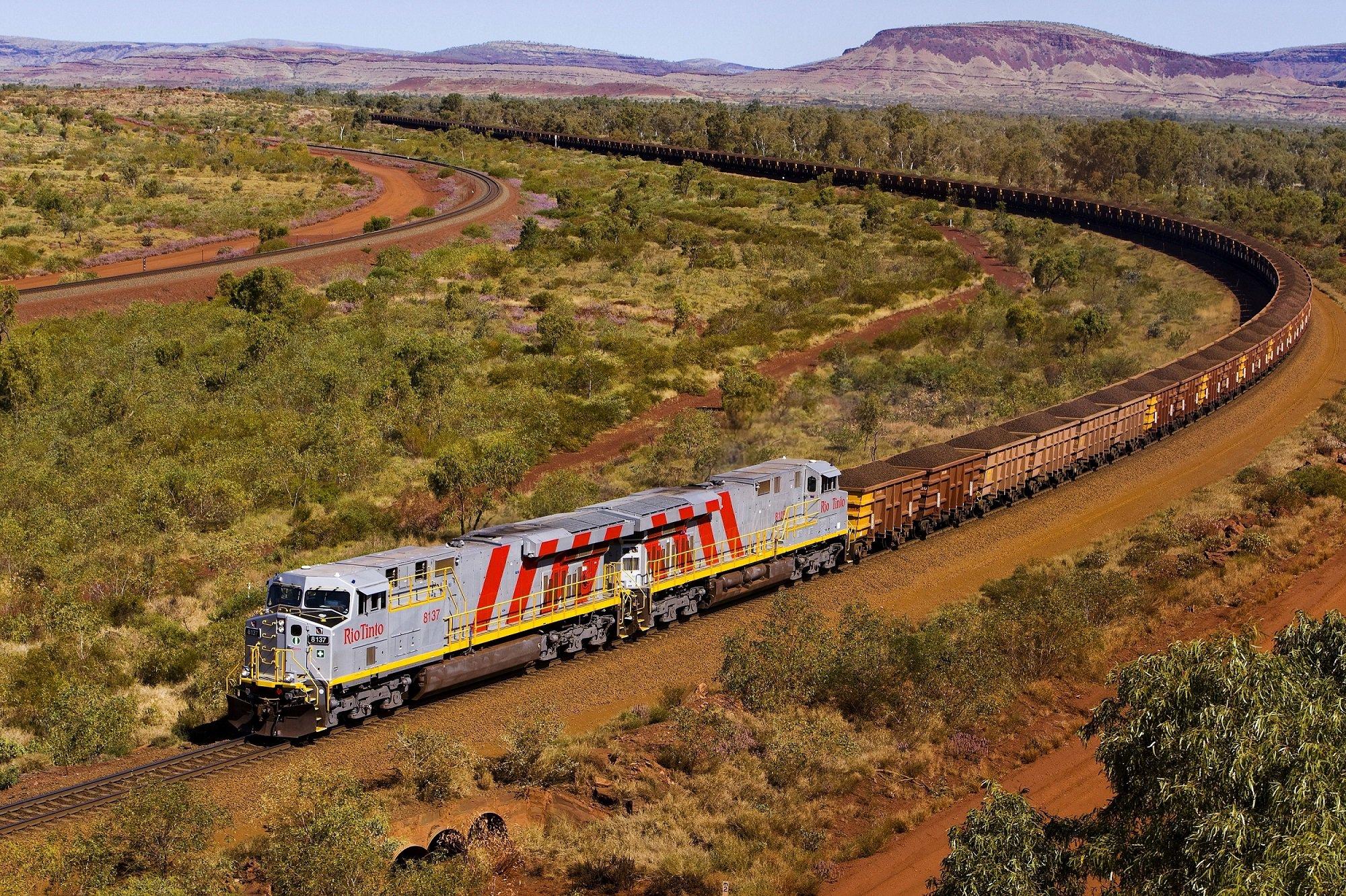 Фото очень больших поезд, порно фильм сердце из камня