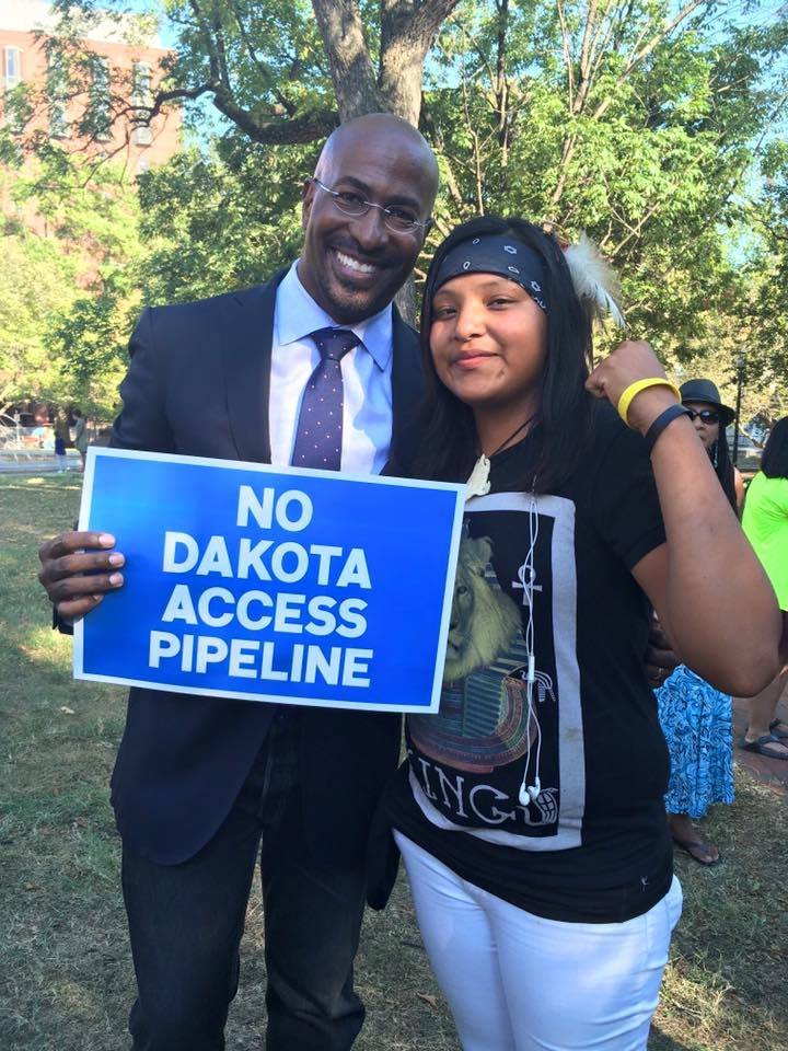 Respect our water! EMA Honoree and dear friend @VanJones68 standing with the Lakota people. #NoDAPL. https://t.co/YiMZvAB1w7