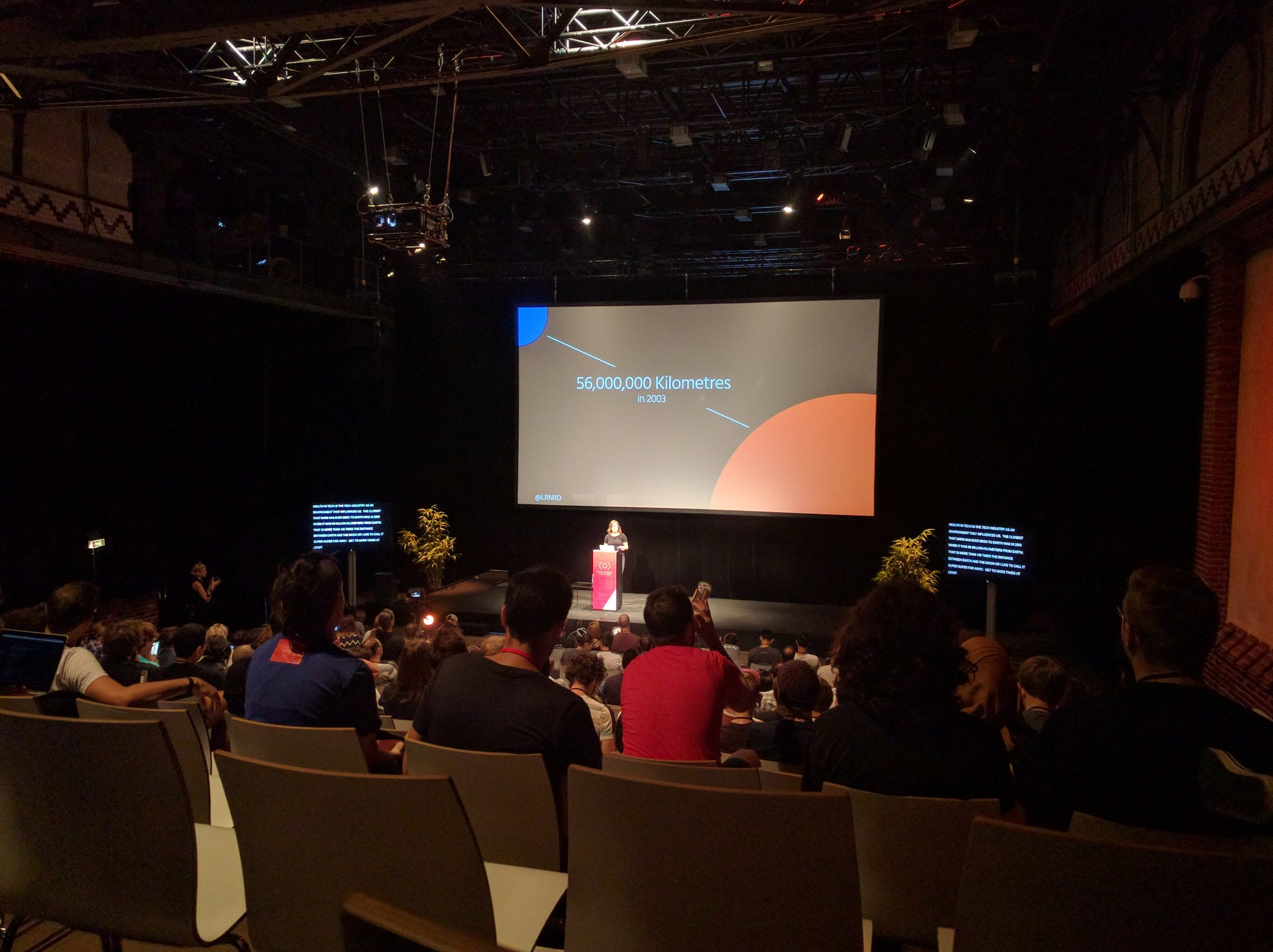 Opening the second day at #viewsource ➡ @lrnrd  about Existing in Tech! https://t.co/gJJ4R3qDkm