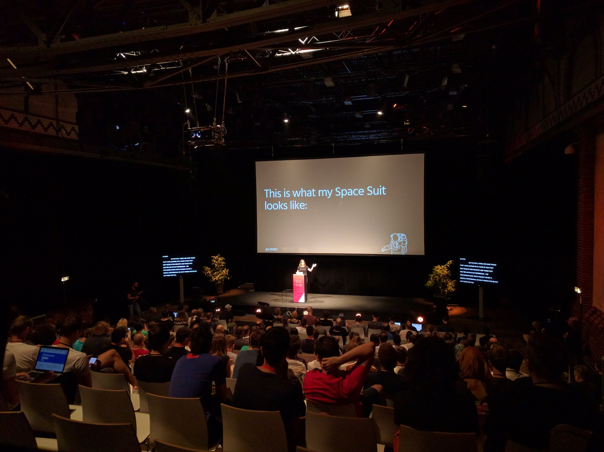 """""""For now, the Tech world is Mars"""" @lrnrd at #viewsource https://t.co/DqZZHbWQDx"""