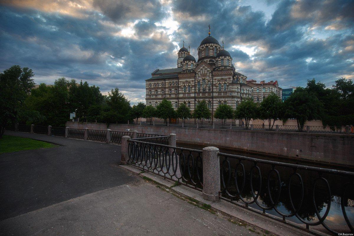 Санкт-Петербург. Свято-Иоанновский монастырь на Карповке. #КрасиваяРоссия https://t.co/uX0ZqXcFL7