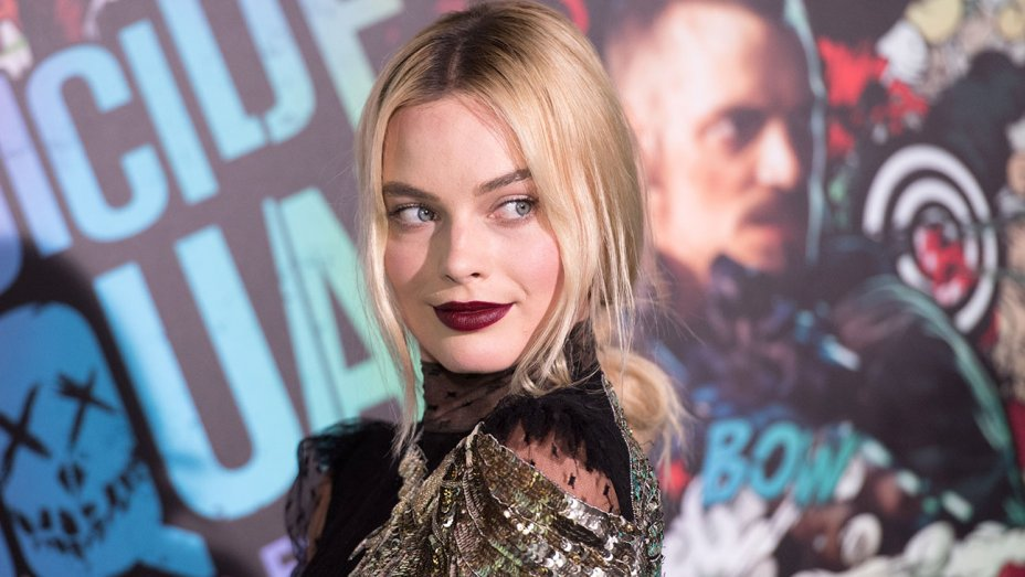 Margot Robbie Signs First Look Deal With Warner Bros. (Exclusive) https://t.co/8JwMjT0Vkj https://t.co/DjZNxfgYc2