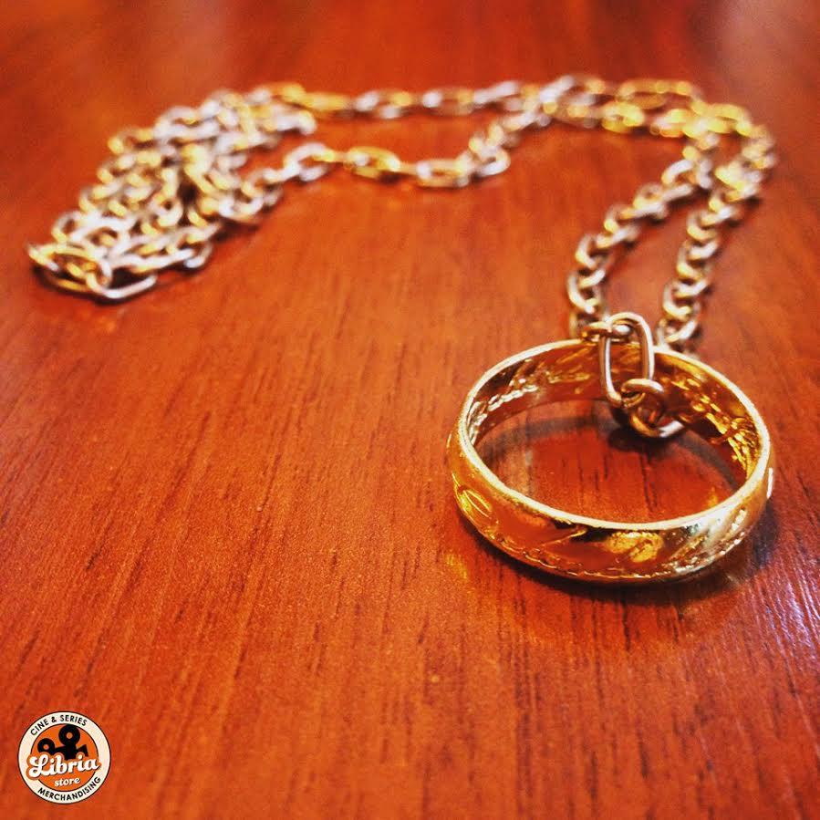 """#BR ► Participá por el anillo y la cadena de """"The lord of the rings"""". Seguínos y hace RT a éste tuit.   @libriastore https://t.co/TiBLvF4O6r"""
