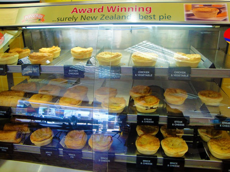 Things Learned After Spending Time in #NewZealand. https://t.co/Sy8PY2O6Zq #traveltips #ttot < Enjoy some meat pies! https://t.co/6JZUf4zyj6