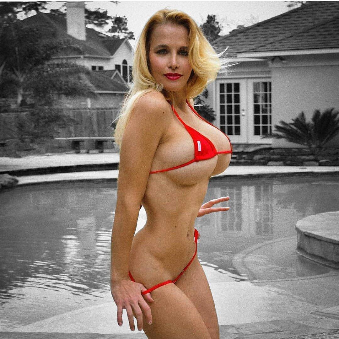 Blonde Jill 99