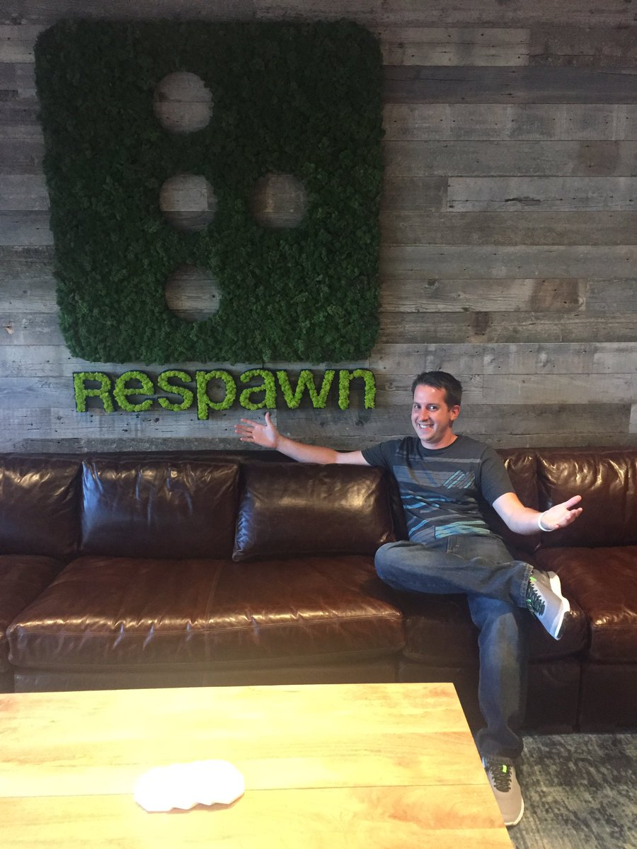 This week I joined @Respawn as Community Manager. Thrilled to be working with these amazing people. https://t.co/Pn70TRfw7W