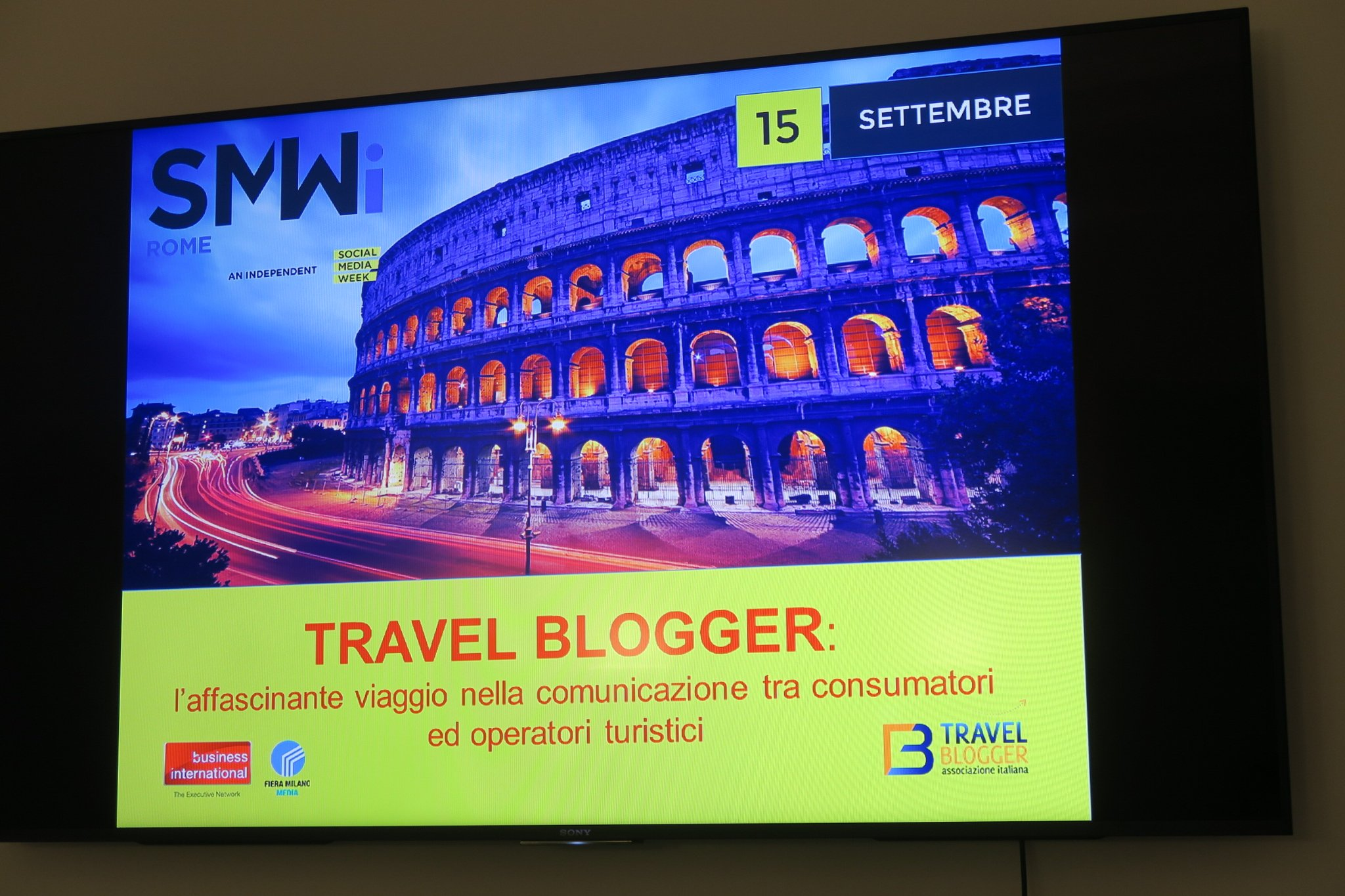 Thumbnail for Bimbieviaggi alla Social Media Week di Roma