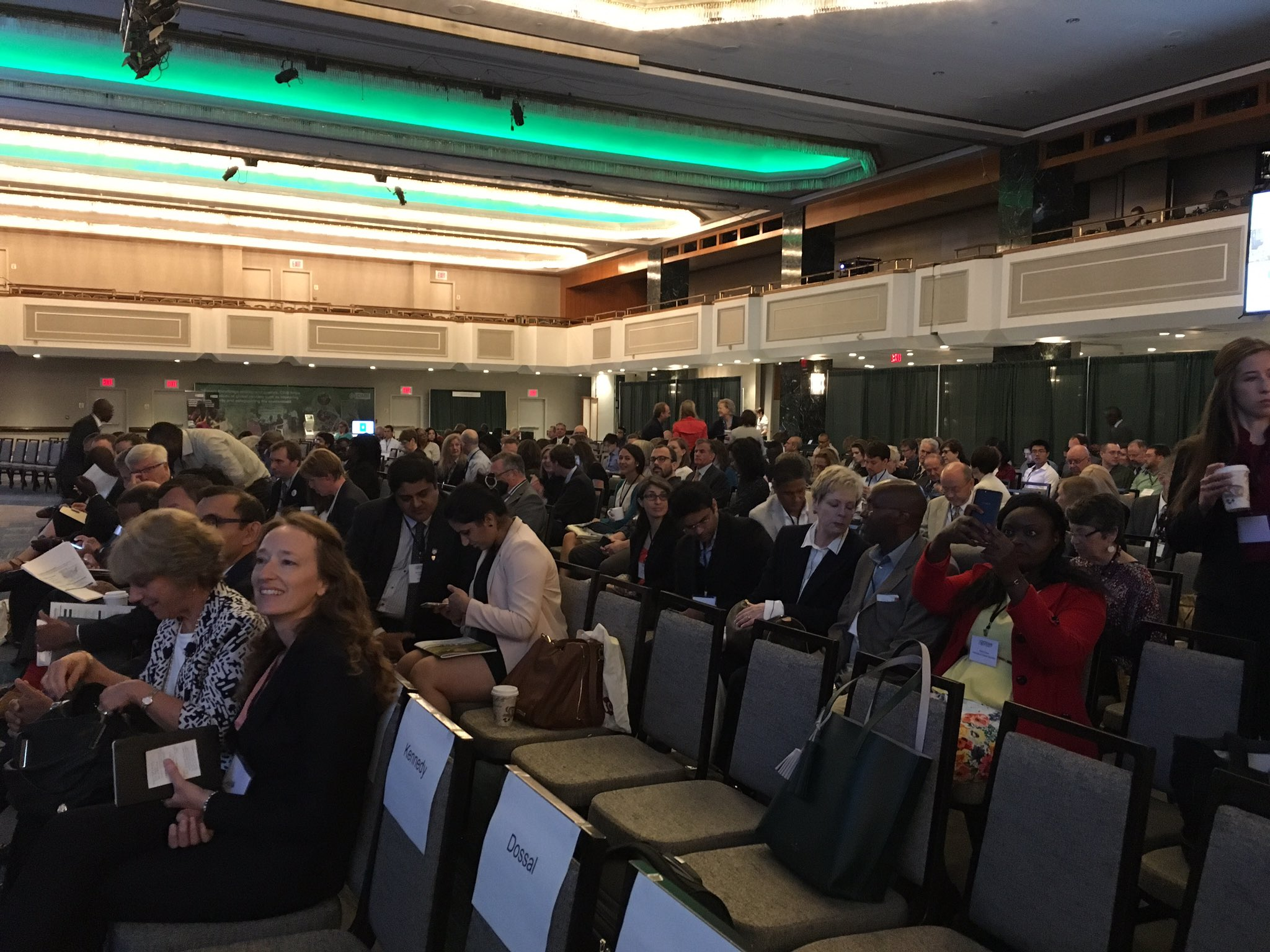 .#GODANSummit2016 - Just a few minutes from starting and the Grand Ballroom is filling up! https://t.co/qXk54J3nan