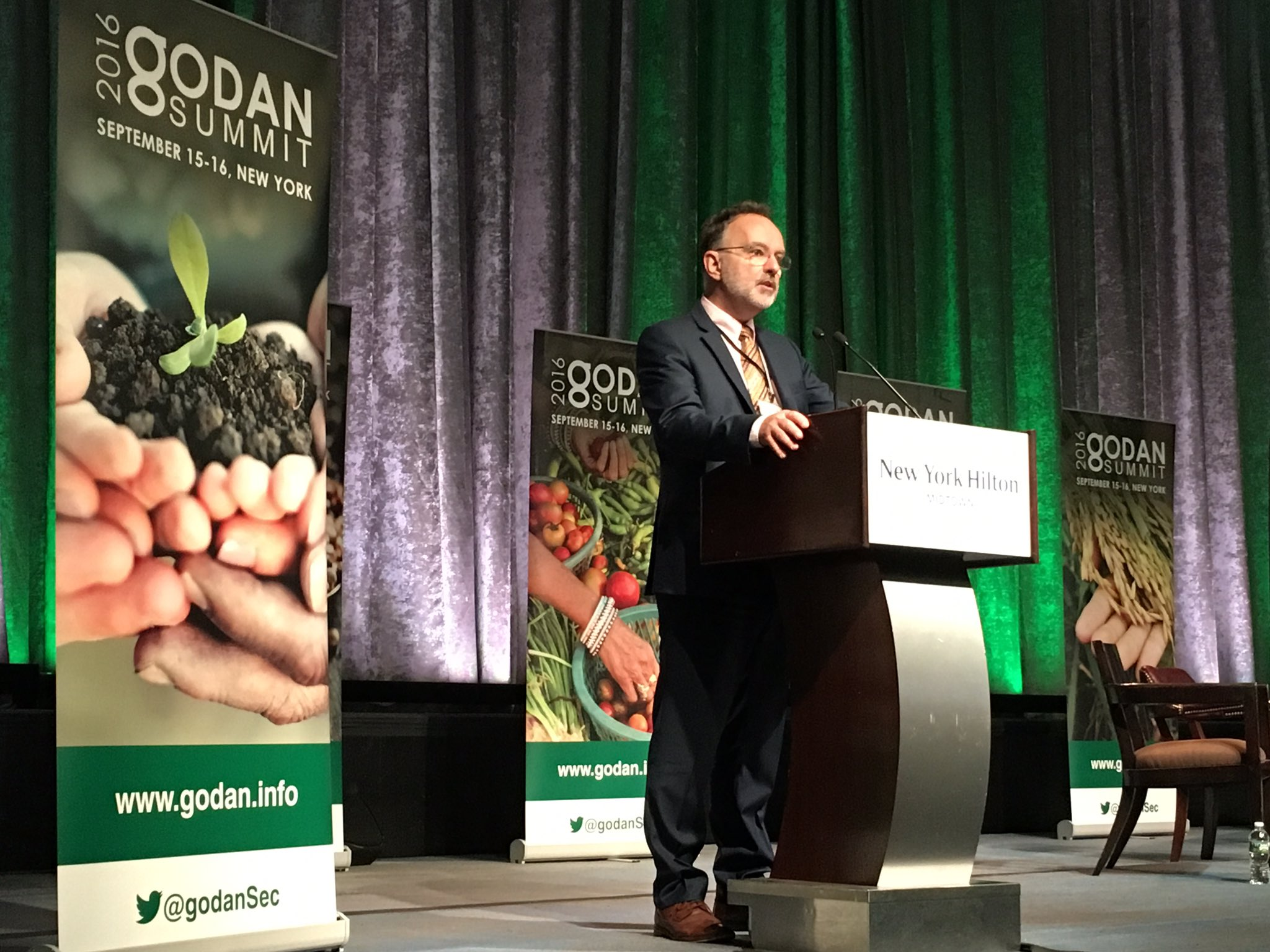 .@godanSec's Executive Director @a_laperriere gives the opening remarks #GODANSummit2016 https://t.co/RUCnLggtaw