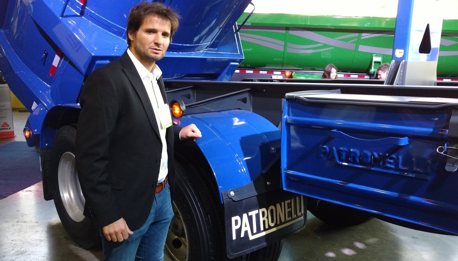 Los Patronelli no van al @dakar 2017. @patronelliok le contó a @corsaonline el motivo. https://t.co/52TVzUe5Gi https://t.co/wre3YwJmpM