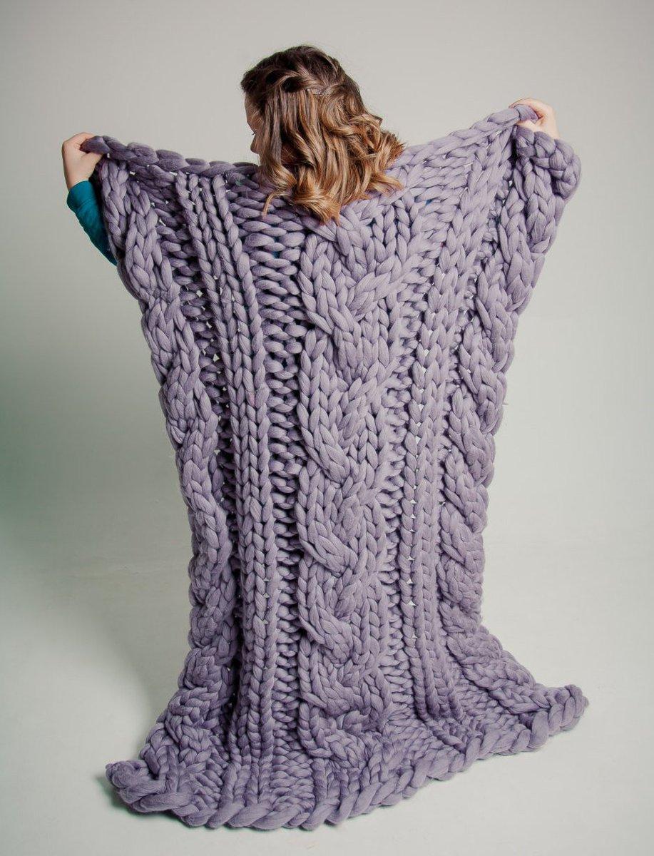 極太毛糸が可愛い♡チャンキーニットを編み物しよう♪